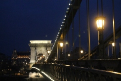 The chain bridge at night :)